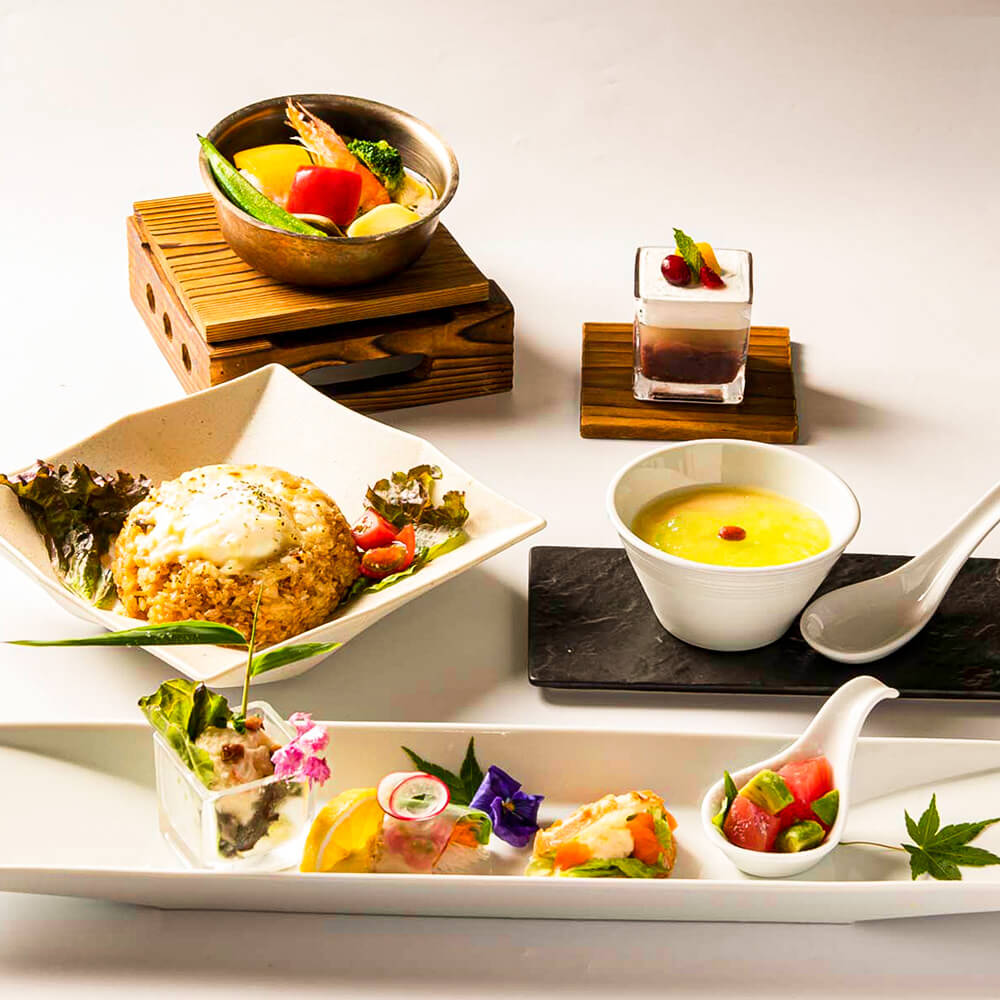 Course|All 8 dishes with 2 drinks